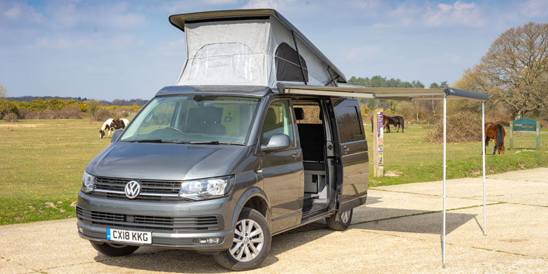 vw y6 transporter with pop up roof and standing